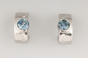 3/4 hoop earrings white gold